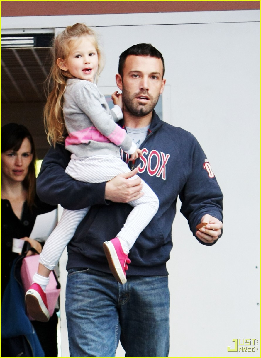 ben affleck jennifer garner violet school 05