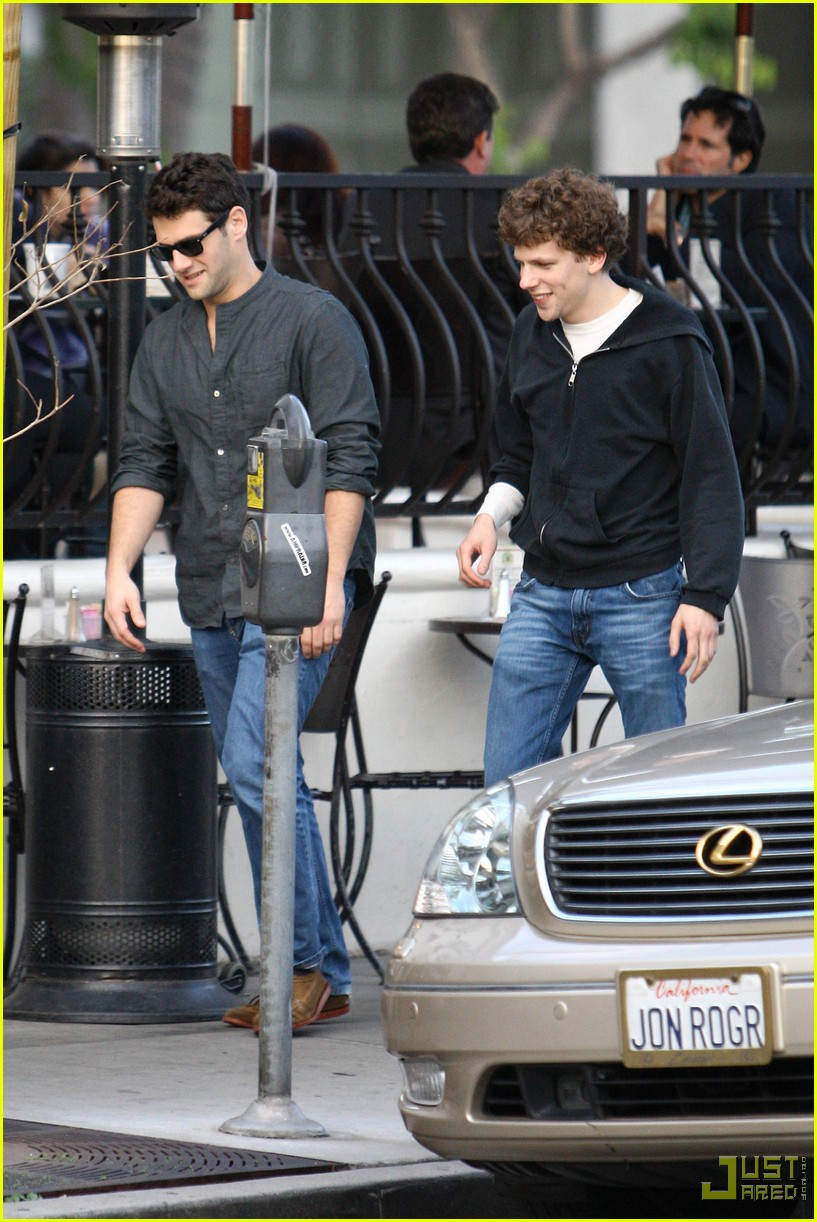 jesse eisenberg justin bartha lunch 142339172