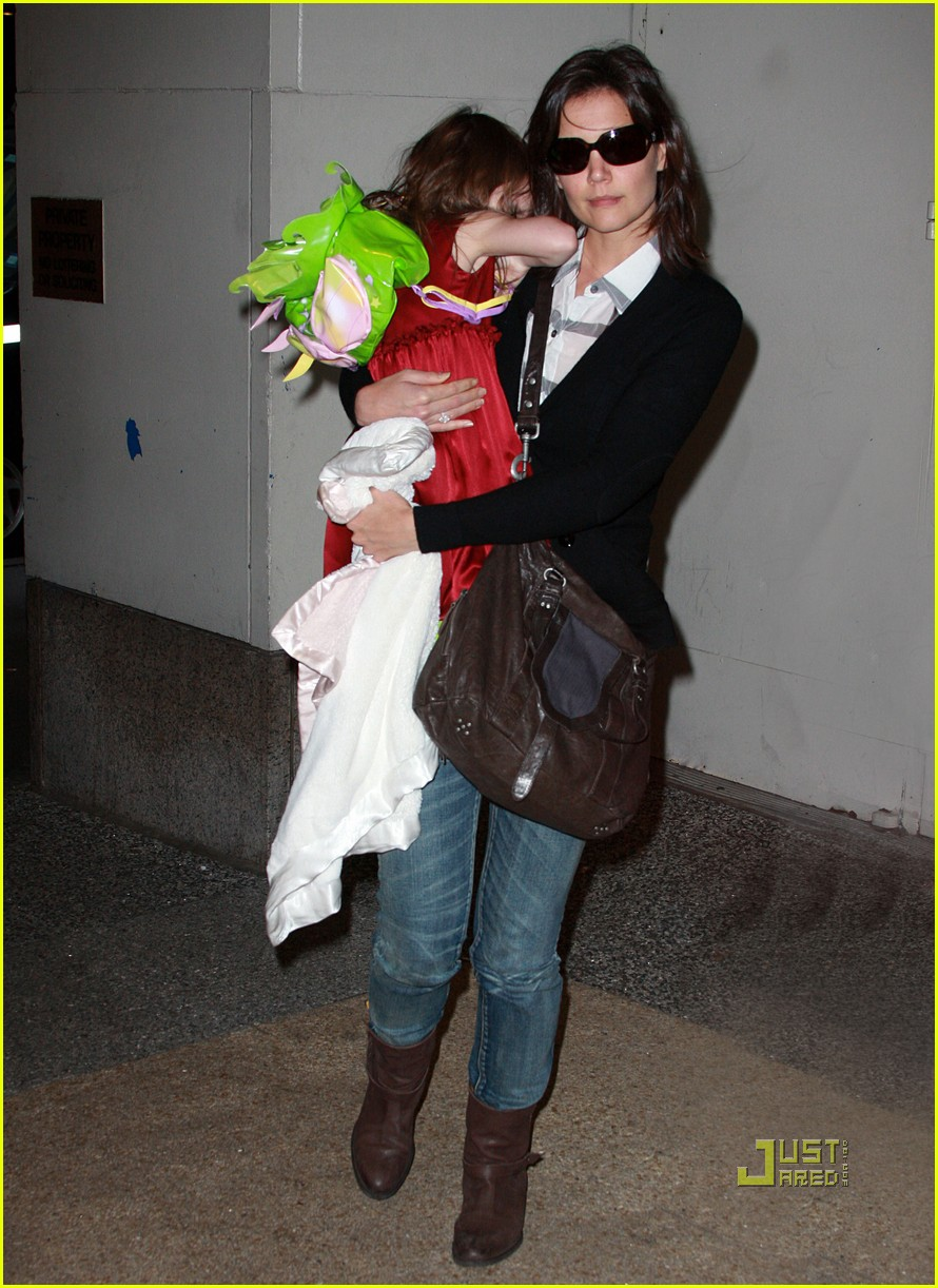 katie holmes suri cruise lion king broadway 05