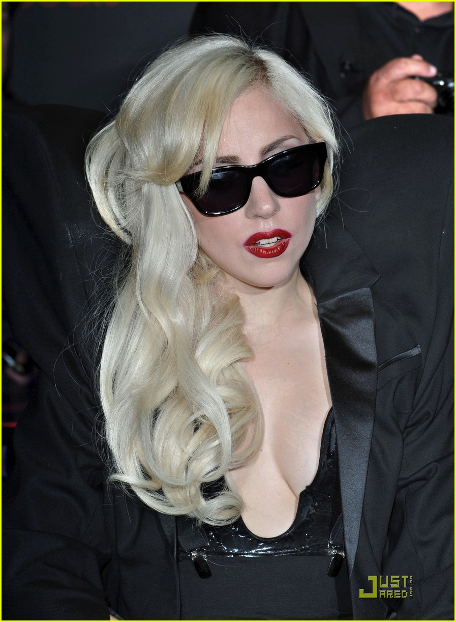 lady gaga the fame monster 10