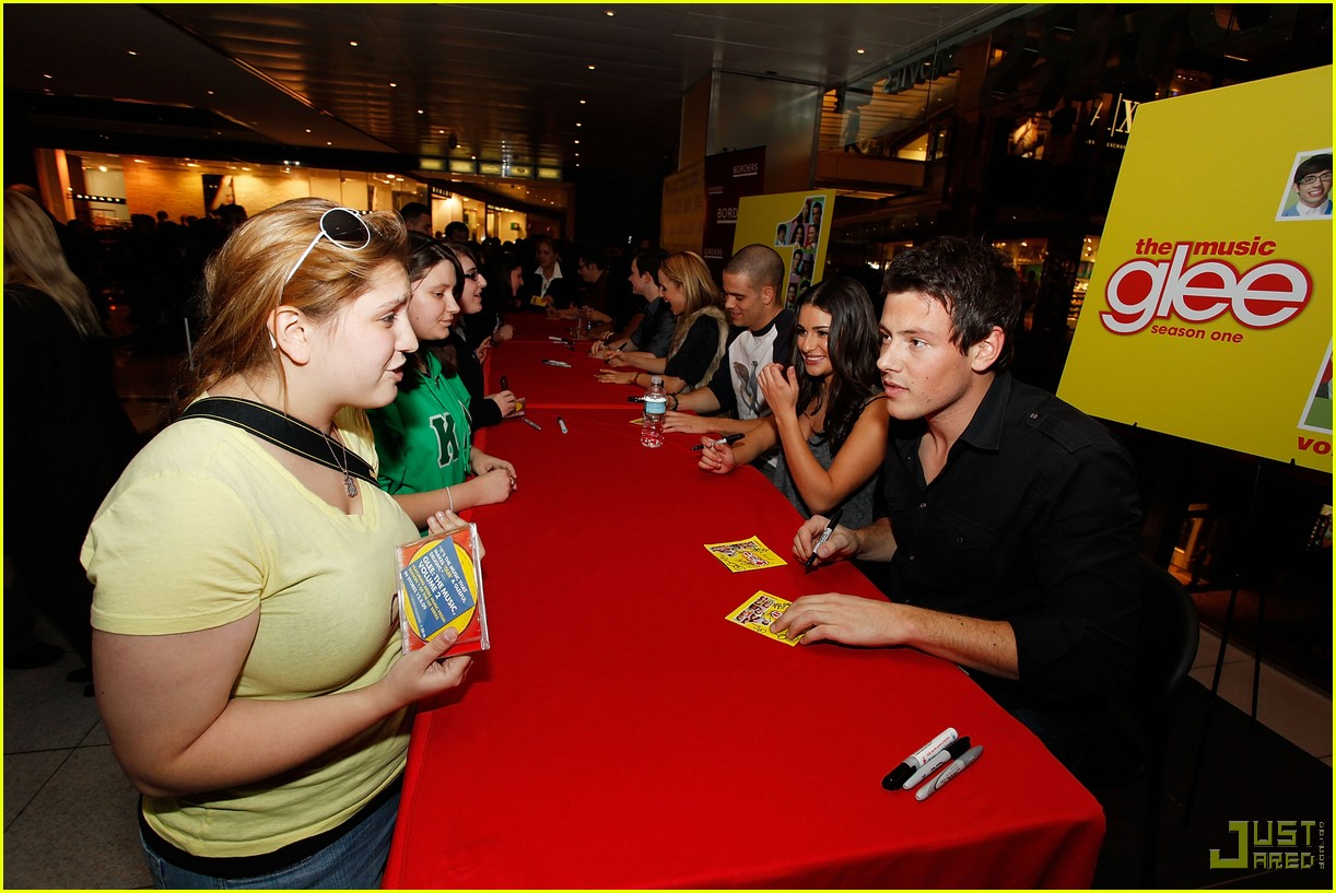 glee cast autograph signings 13