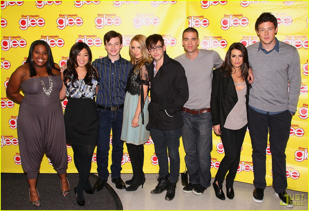 glee cast autograph signings 472337772