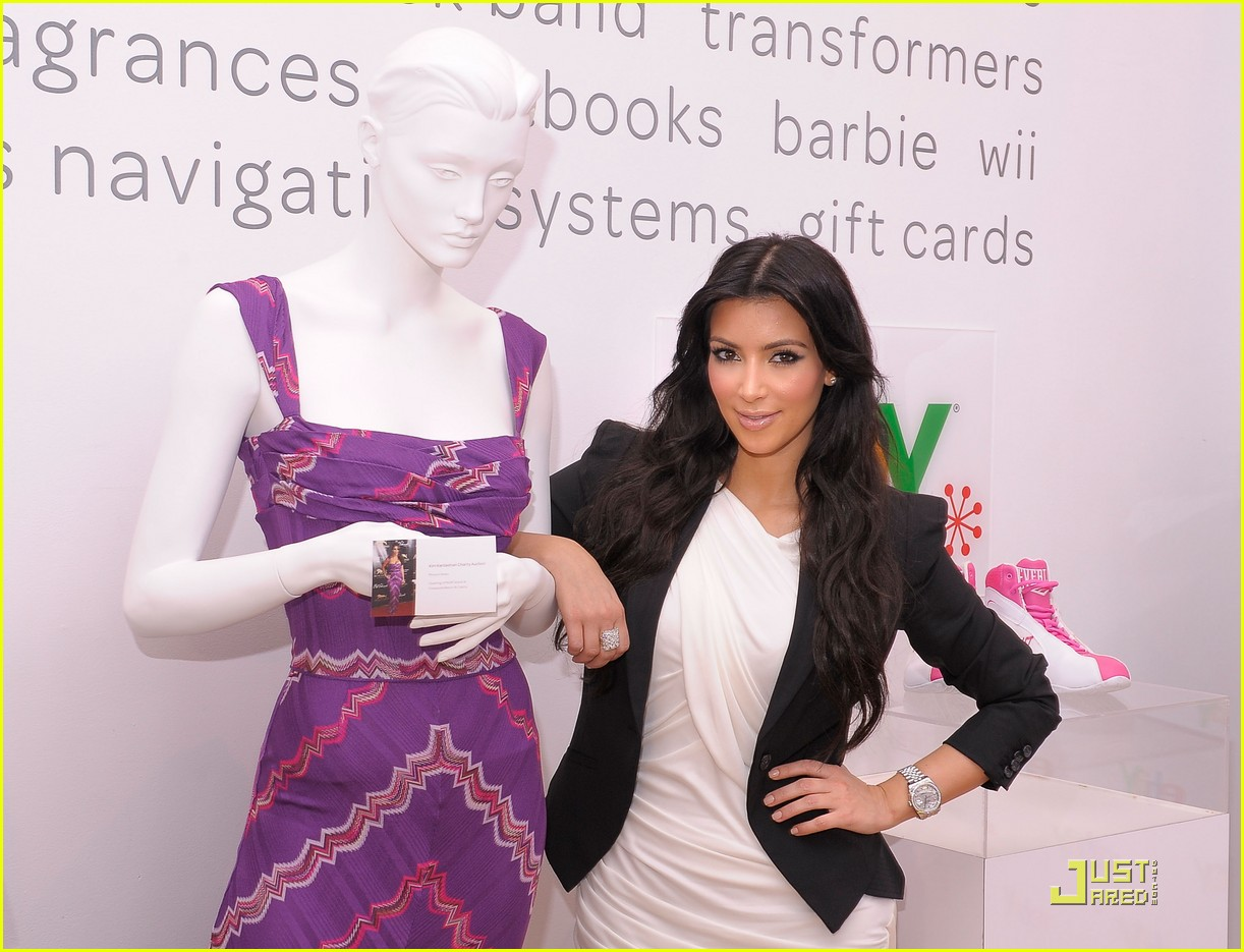 kim kardashian is excited about ebay 09