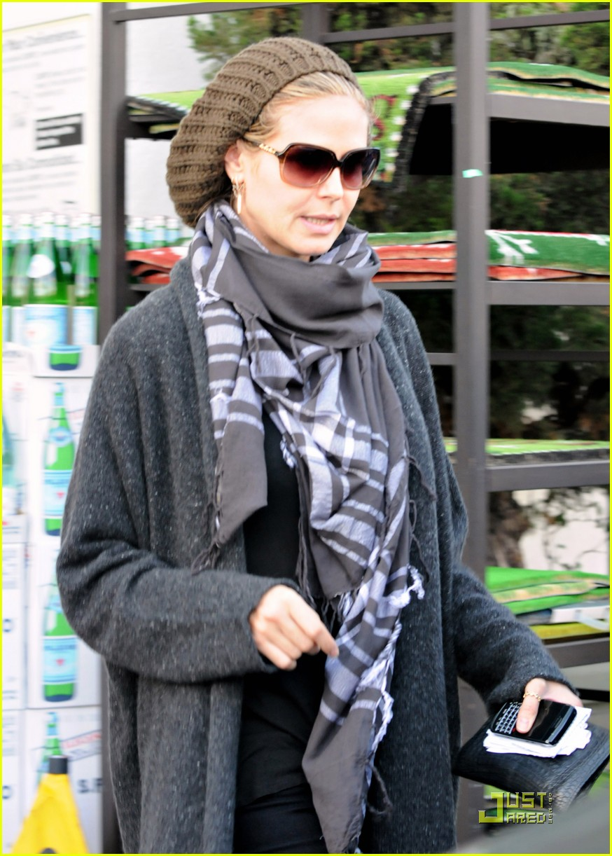 heidi klum is a savvy shopper 01
