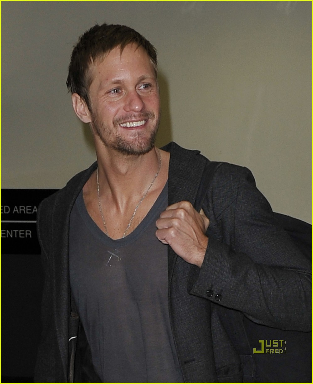 alexander skarsgard chateau marmont gq men of the year 042365981