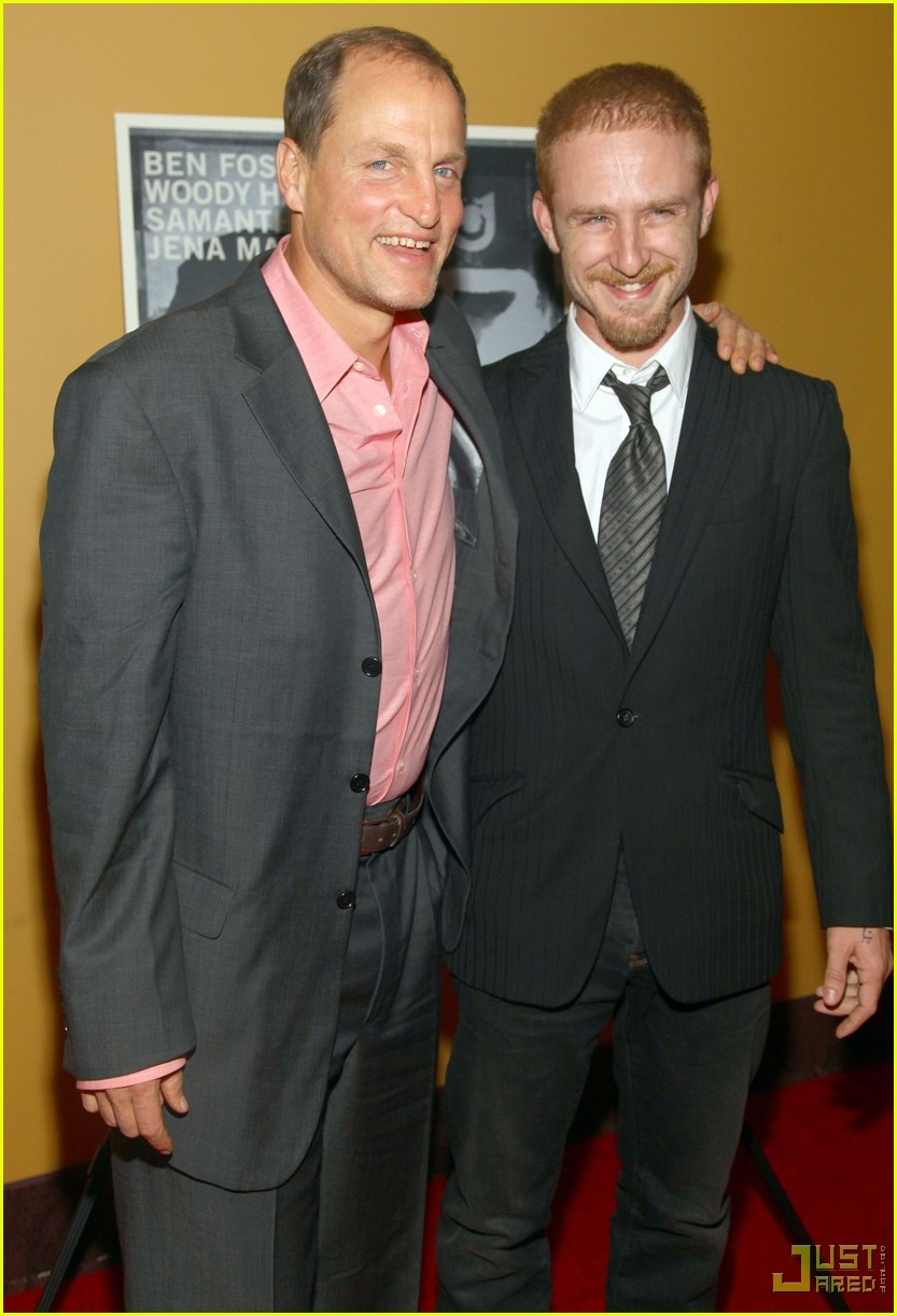 ben foster woody harrelson kiss 06