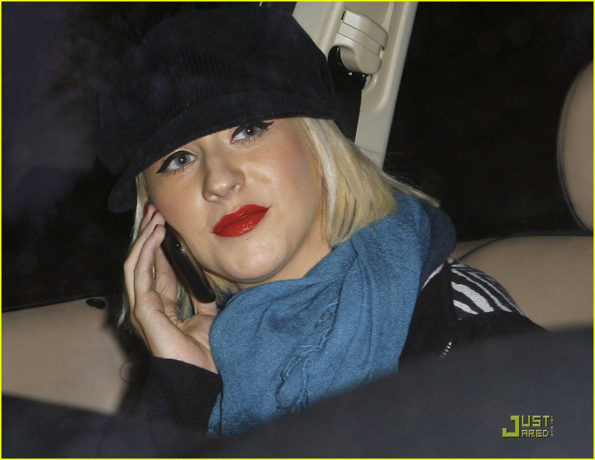 christina aguilera involved in car accident 07