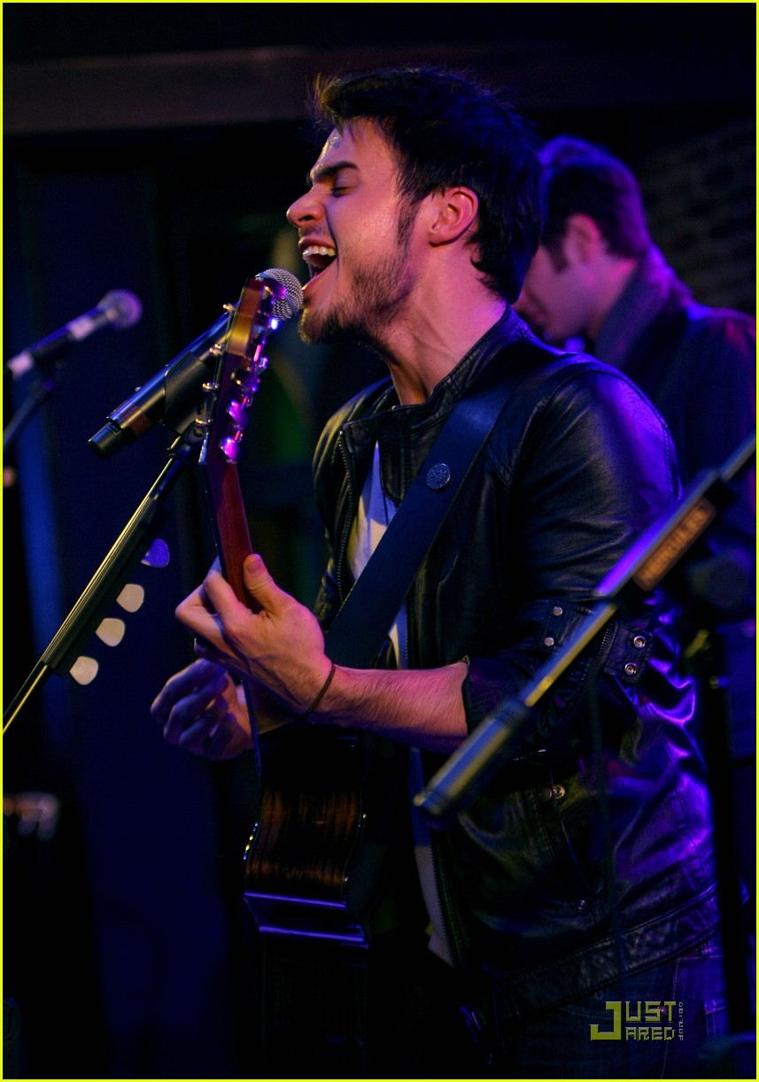 kris allen rocks vegas 06