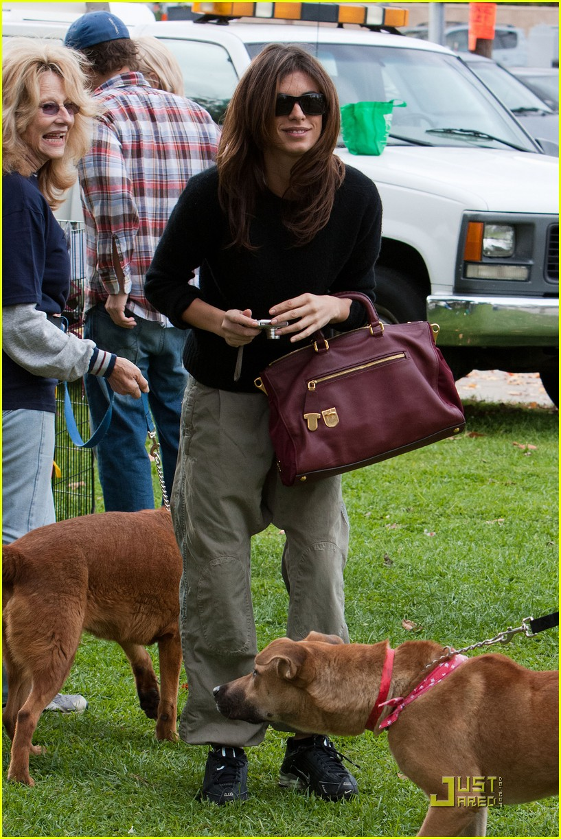 elisabetta canalis adopts a dog 21
