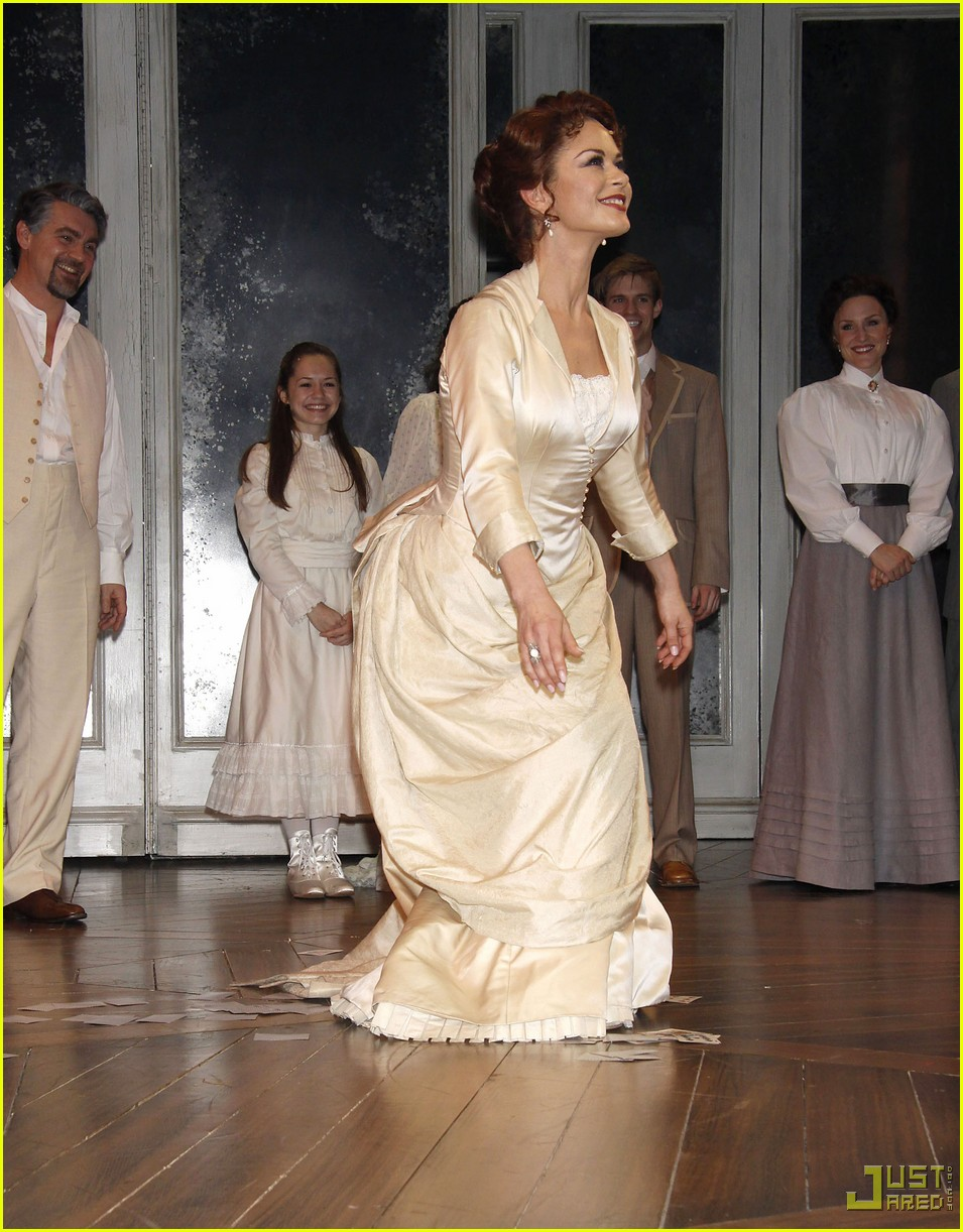 catherine zeta jones a little night music curtain call 04