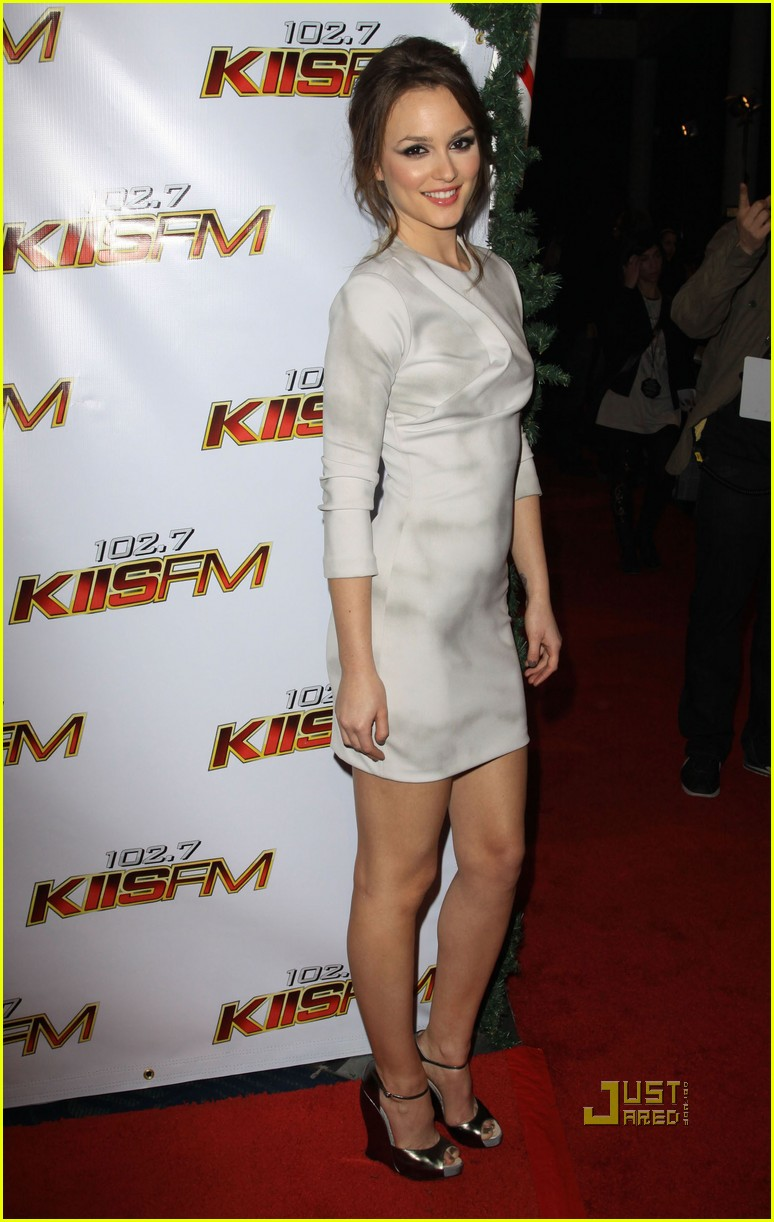 leighton meester jingle ball 09