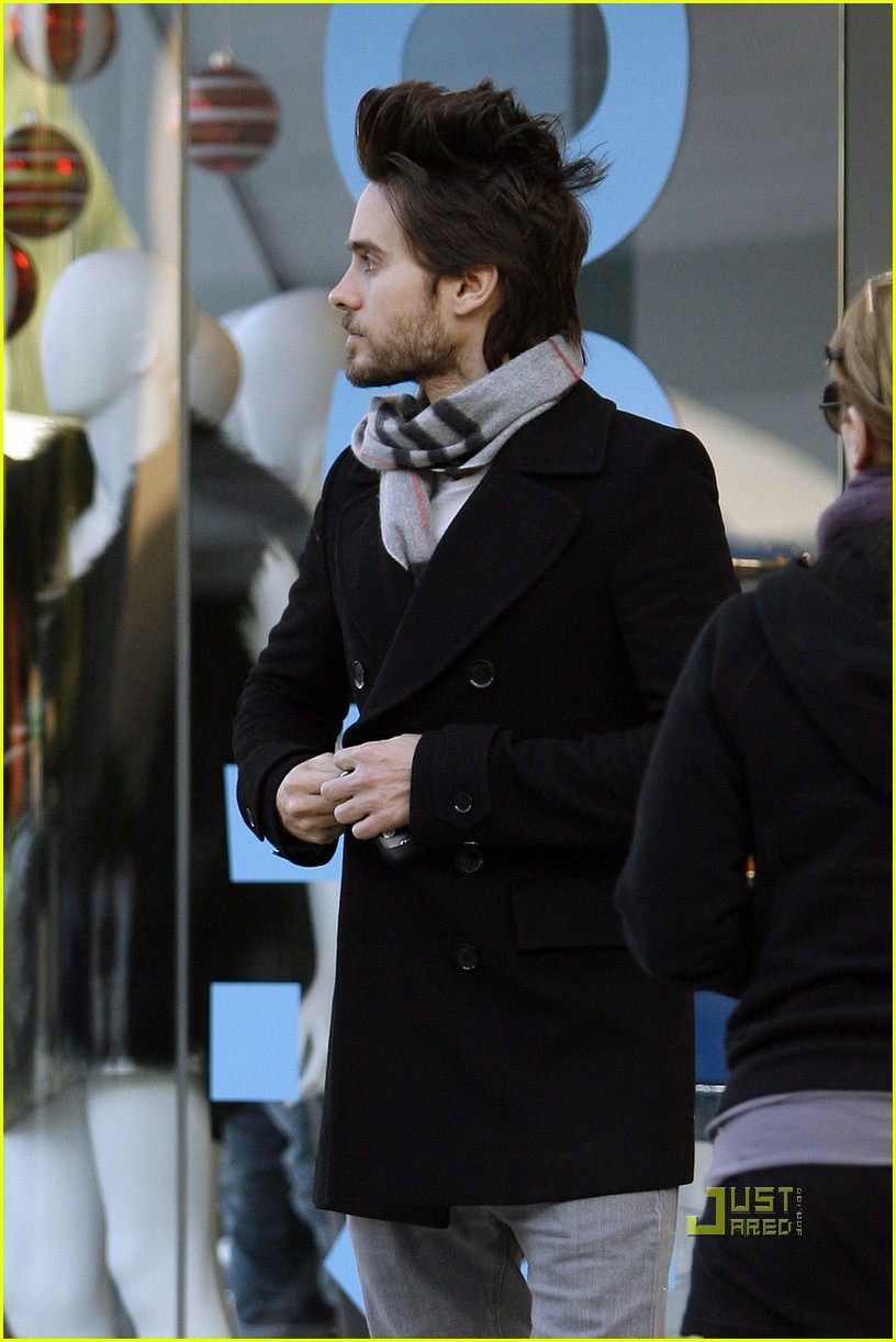 jared leto christmas eve 122403985