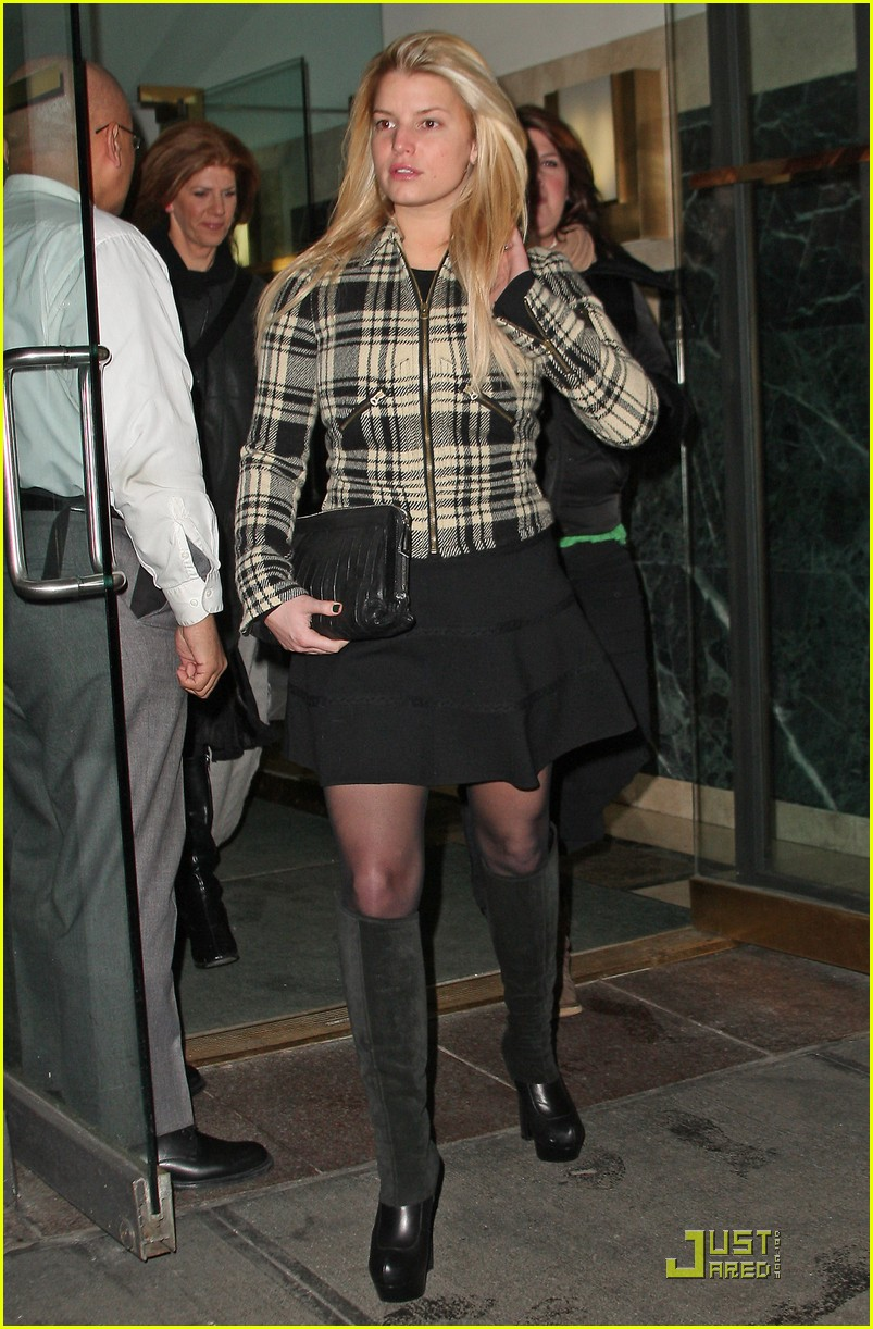 jessica simpson is pretty in plaid 172403708