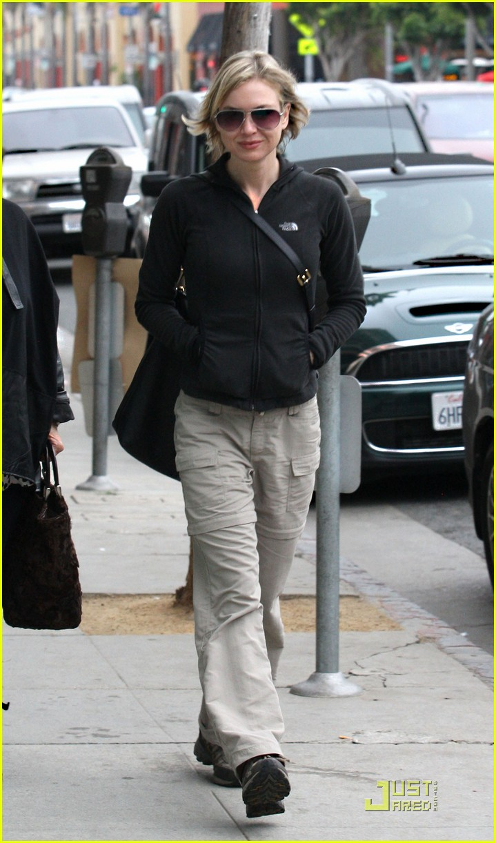 renee zellweger brads mom 262404417