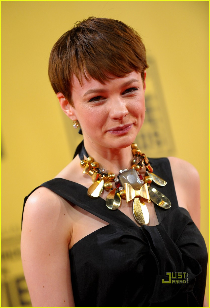 carey mulligan critics choice awards 06