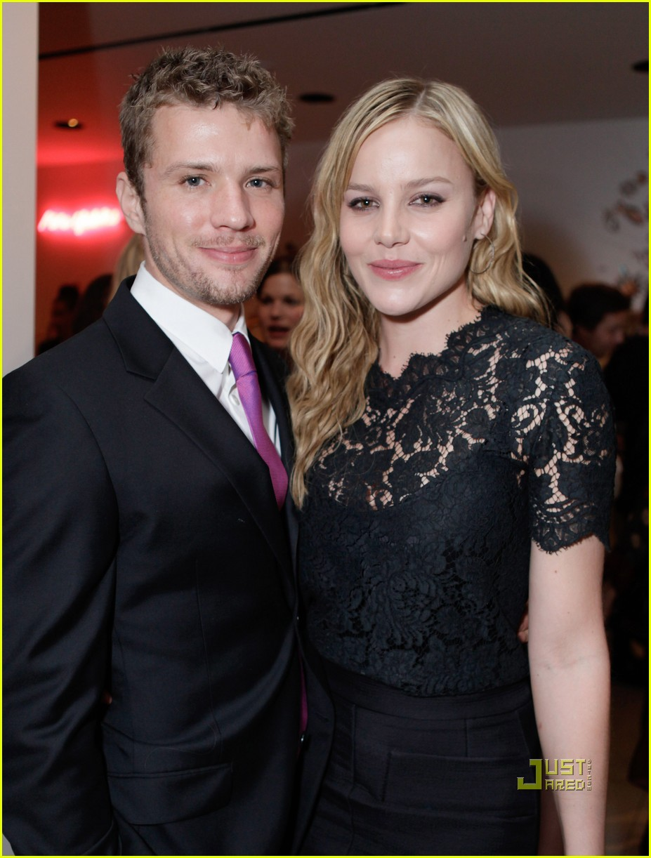 Abbie Cornish 2018: Bo... Ryan Phillippe Net Worth 2017