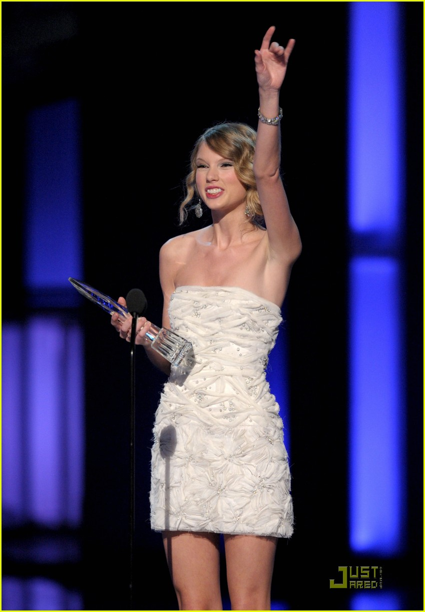 taylor swift peoples choice 2010 06