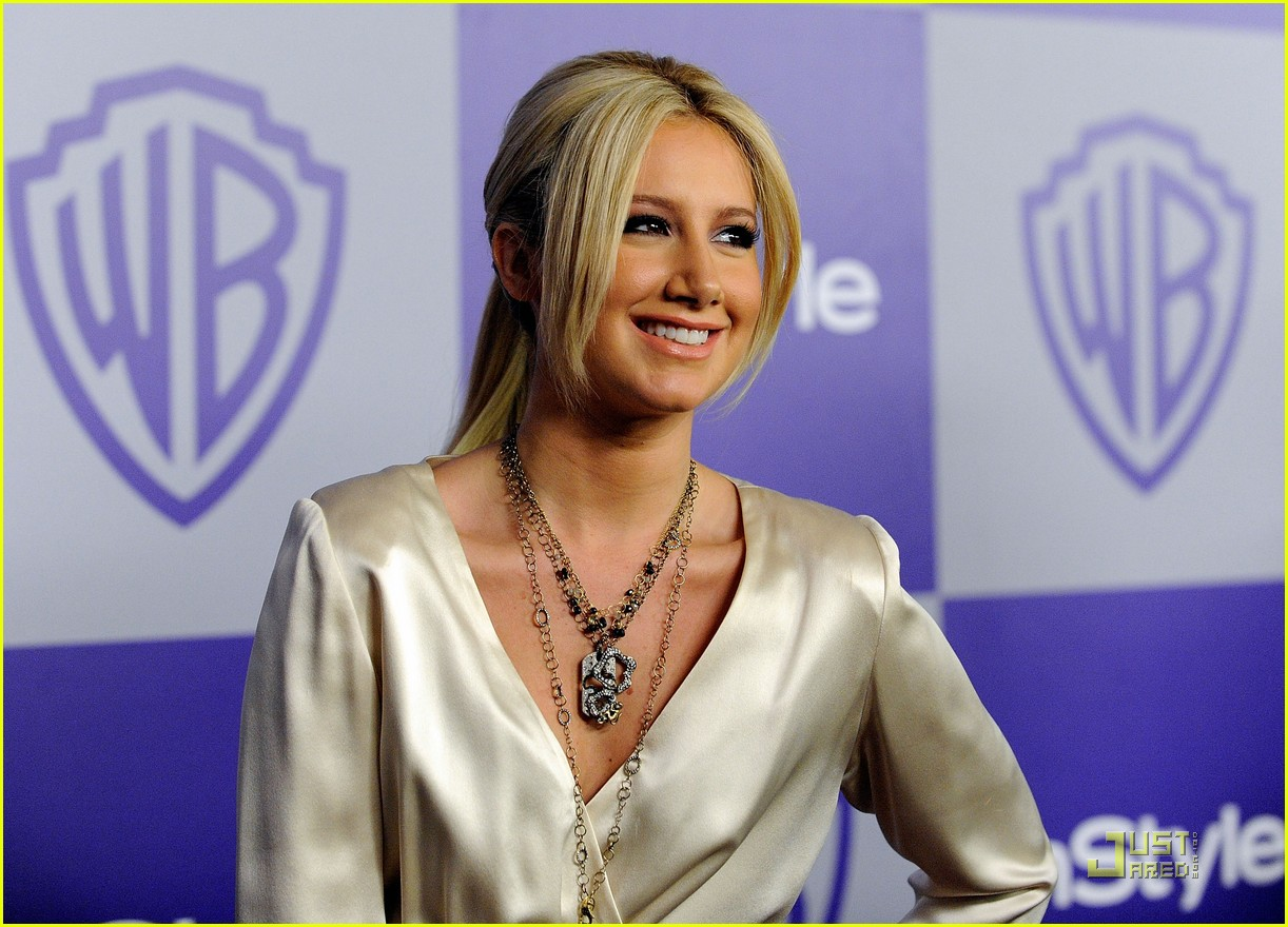 ashley tisdale 2010 golden globes after party 01