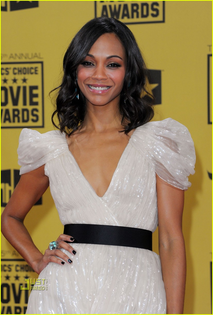zoe saldana critics choice awards 2010 02