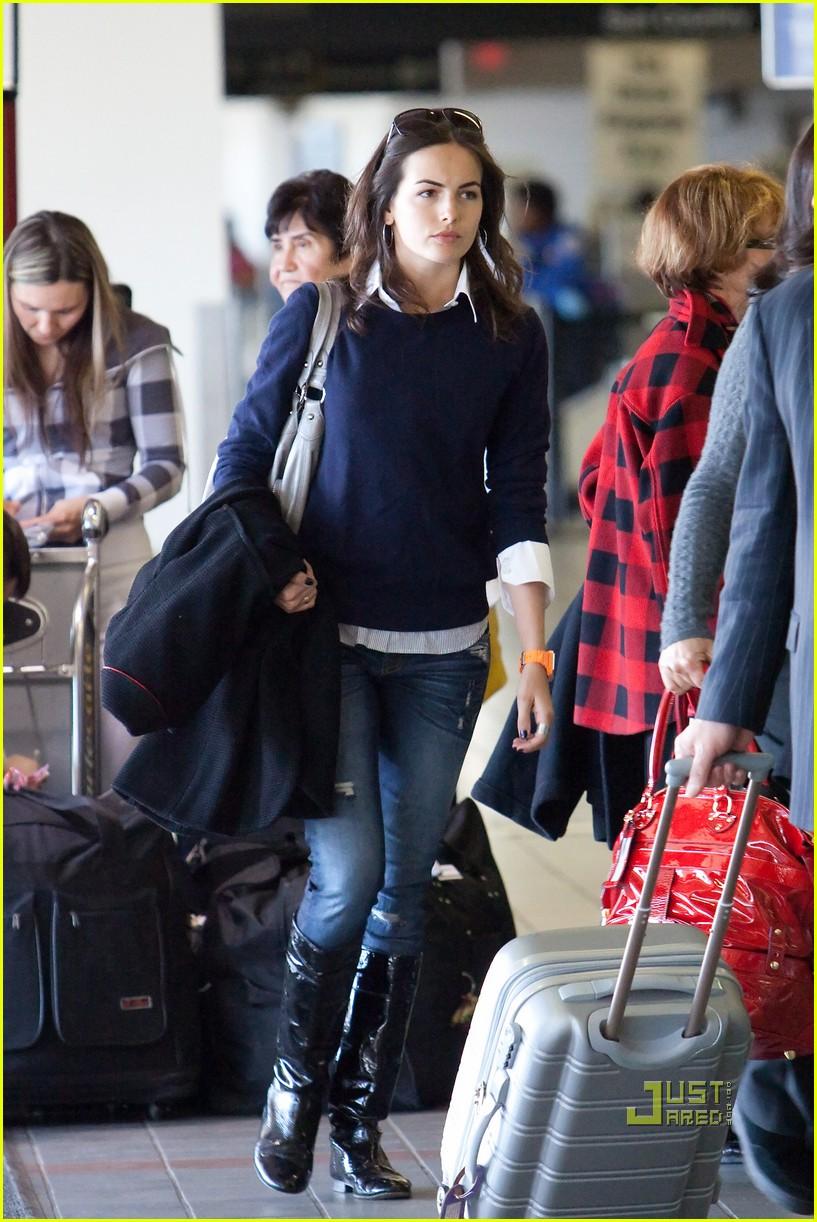 camilla belle lax airport 03