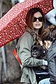 rachel bilson eating in the rain 13
