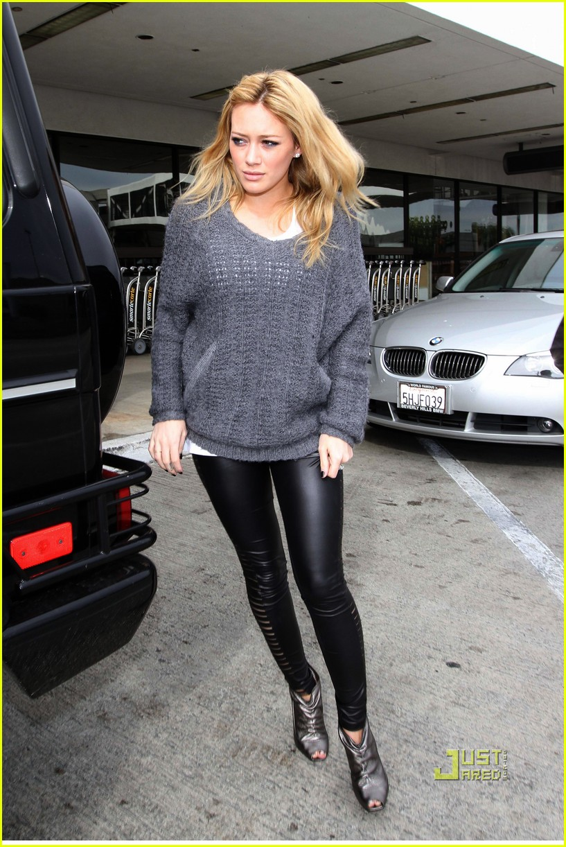 hilary duff mike comrie drop off 06