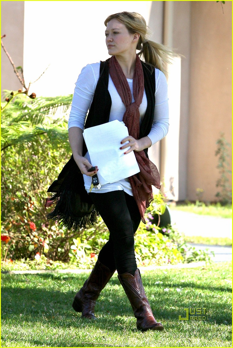 hilary duff script north hollywood 032425191
