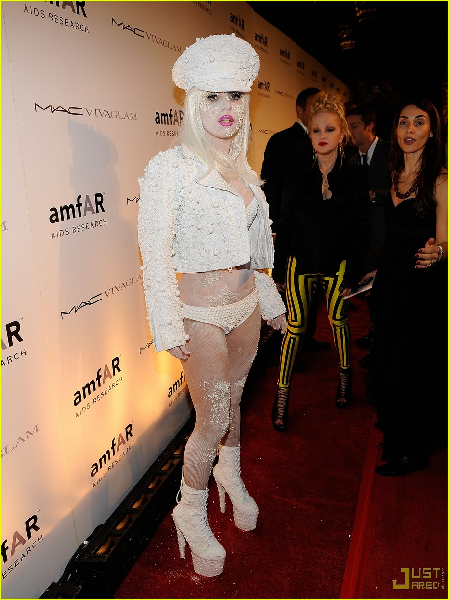 lady gaga amfar new york gala 06