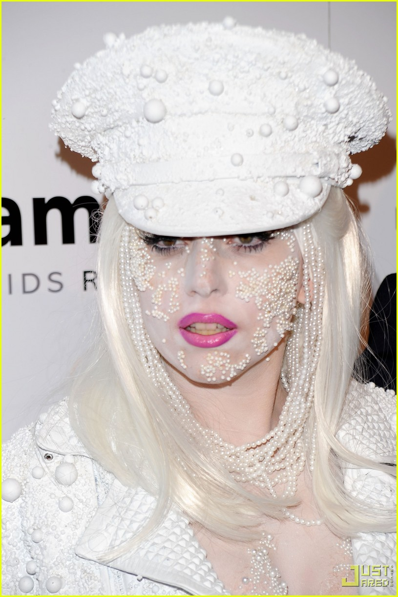 lady gaga amfar new york gala 07