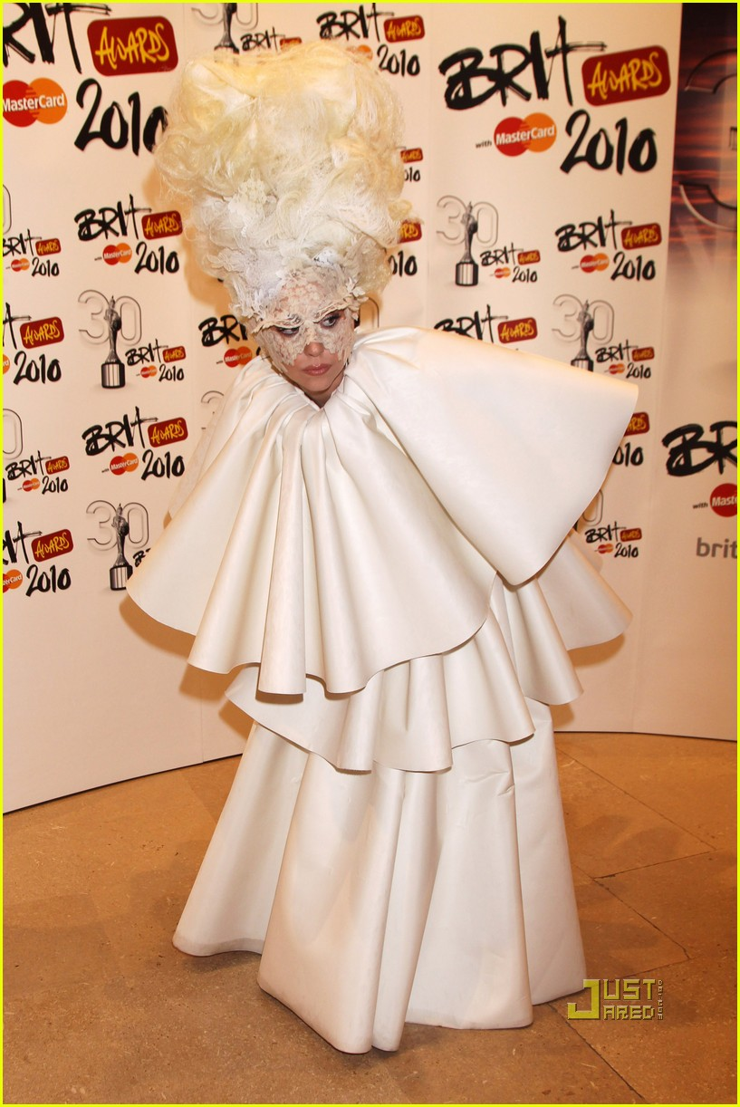 lady gaga brit awards white tier dress 02