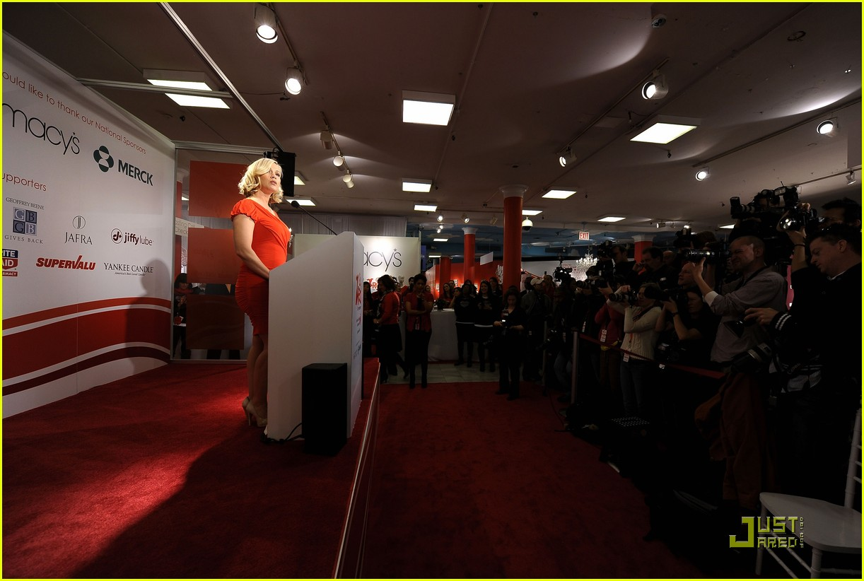 jennie garth go red for women 17