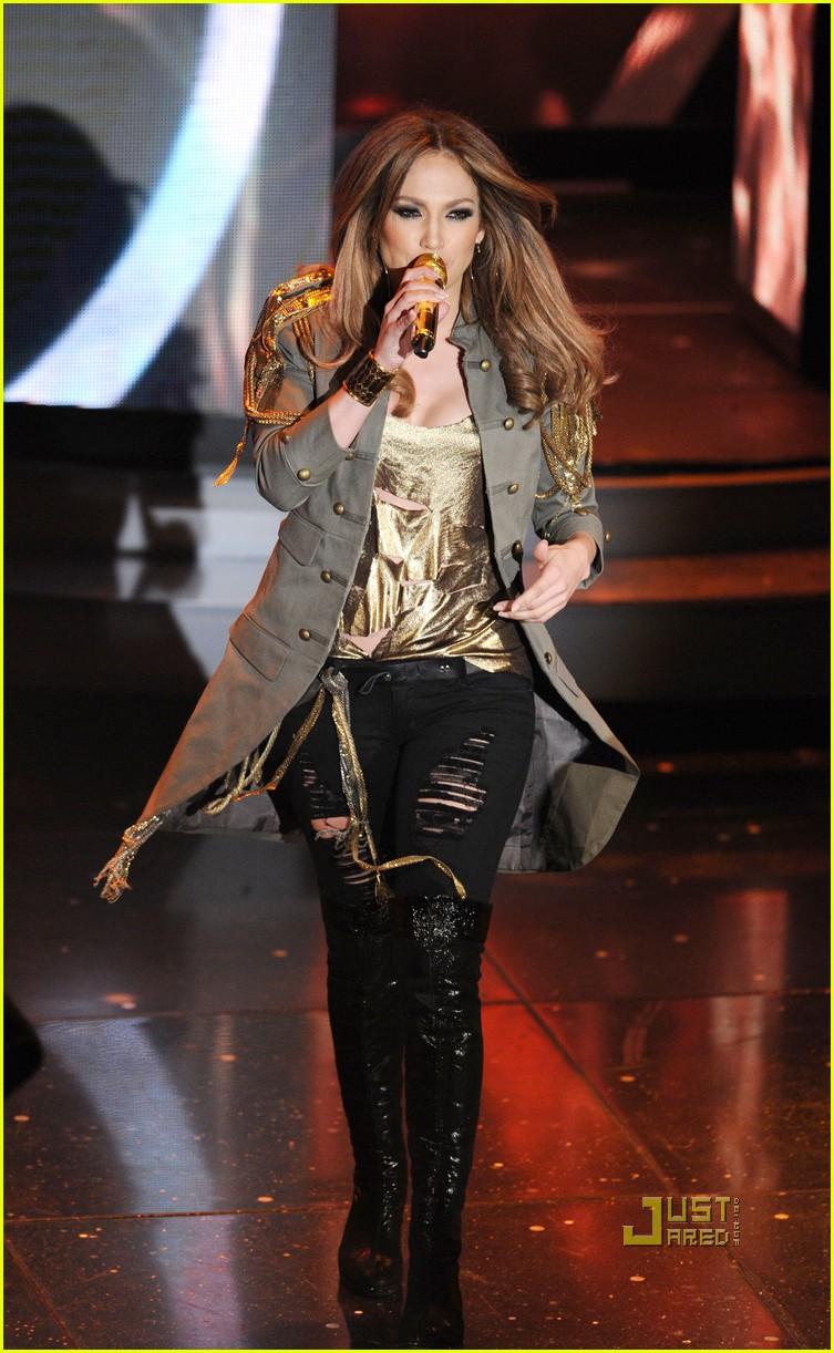 c7362924 Jennifer Lopez Premieres 'What is Love' Live!: Photo 2429079 | Jennifer  Lopez Pictures | Just Jared