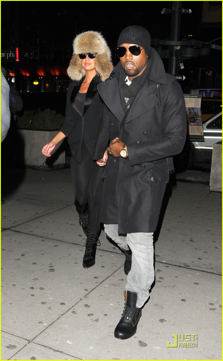 kanye west amber rose black eyed peas fans 022430422