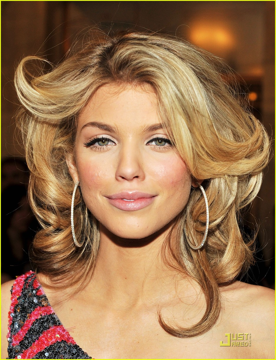 annalynne mccord cutout kisses 17