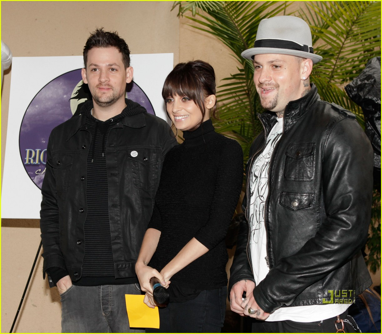 nicole richie 7 eleven joel madden coffee cup 15