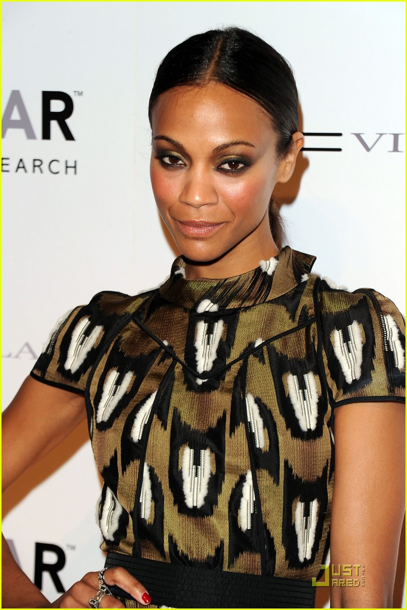 zoe saldana fashion week 05