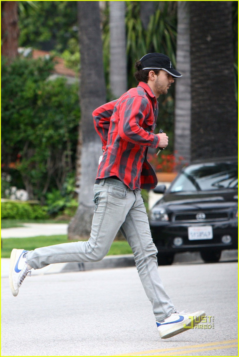 Shia LaBeouf Runs to Al Pacino's Place Shia Labeouf
