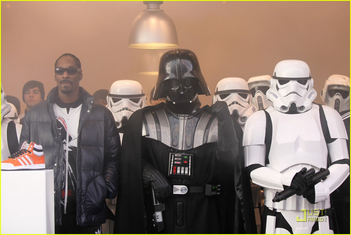 snoop dog star wars 082425408