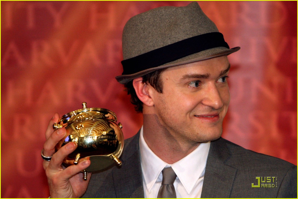 justin timberlake hasty pudding pot man of the year 232425759