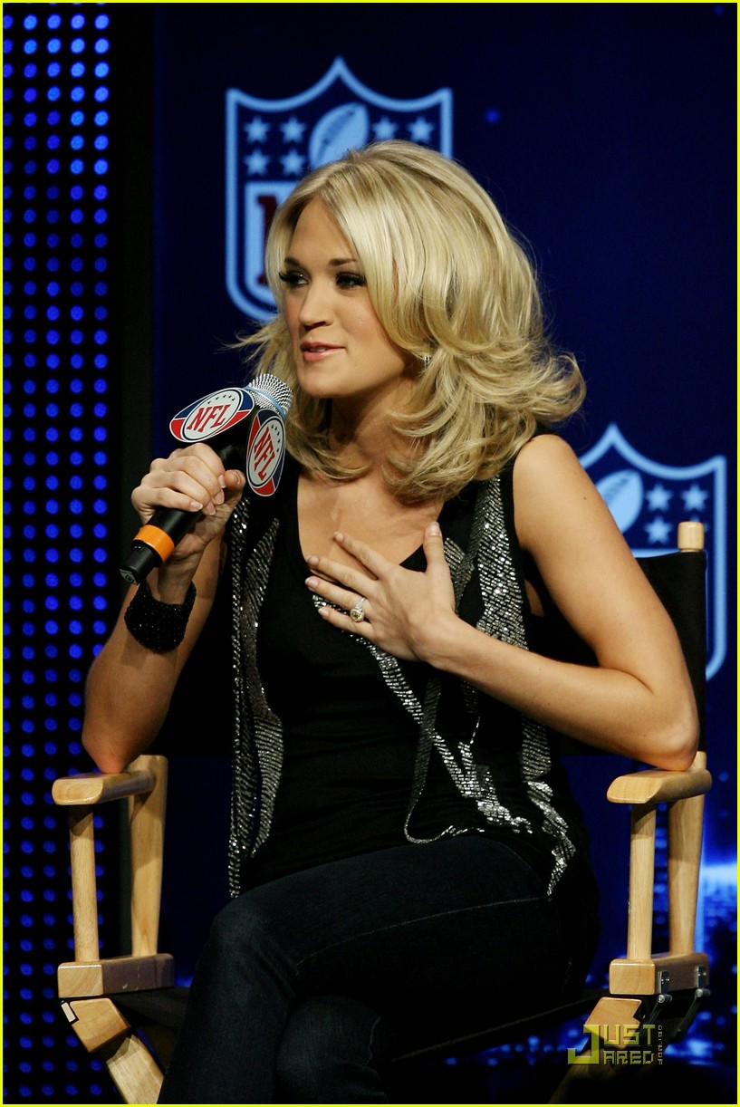 carrie underwood latifah pants ground 04