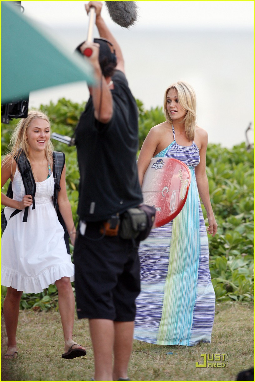 carrie underwood surfin usa 07