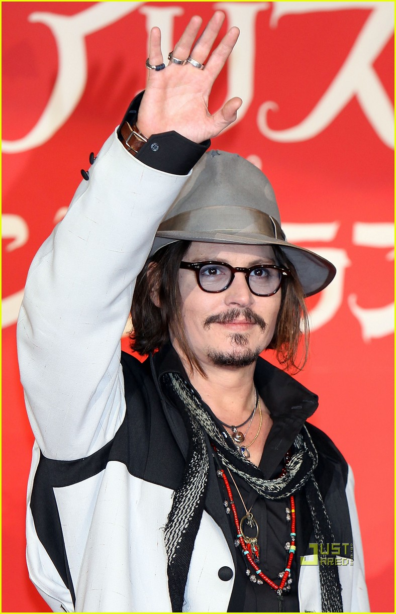 johnny depp alice in wonderland japan premire 08