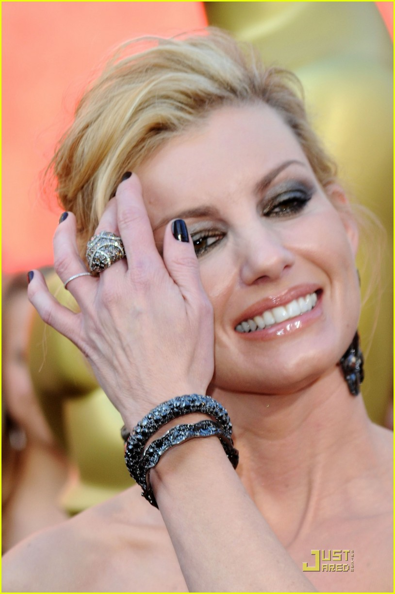faith hill oscars easy sexy 102433427