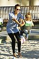 jessica alba honor warren play at the park 06