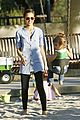 jessica alba honor warren play at the park 12
