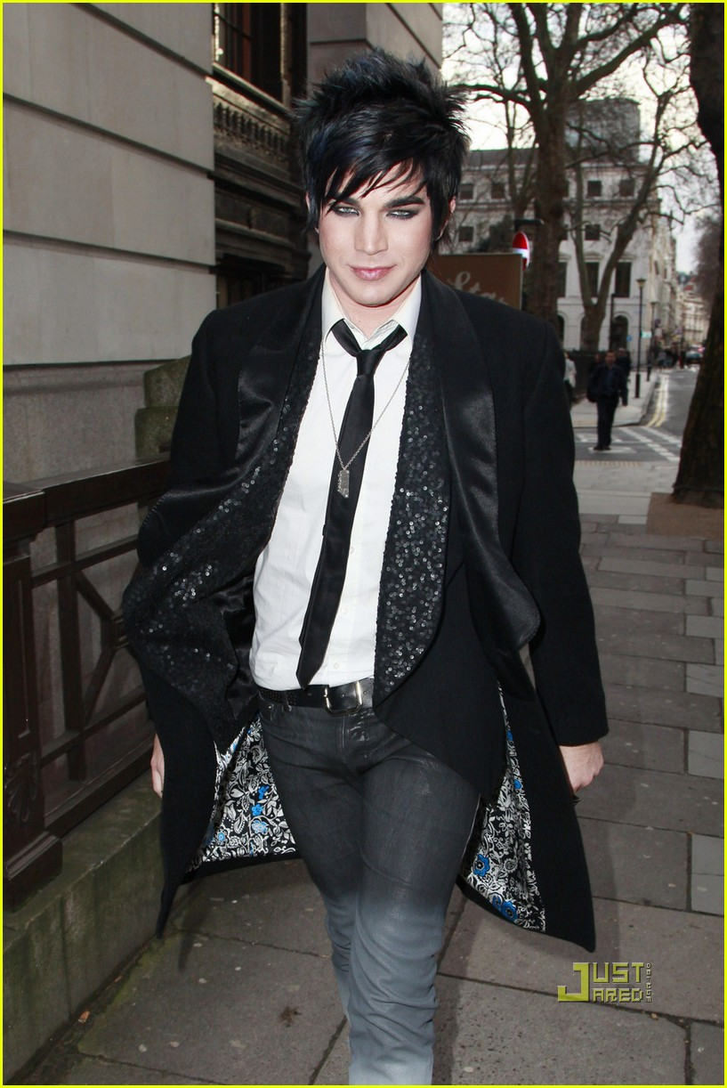 adam lambert bowling alley london 08
