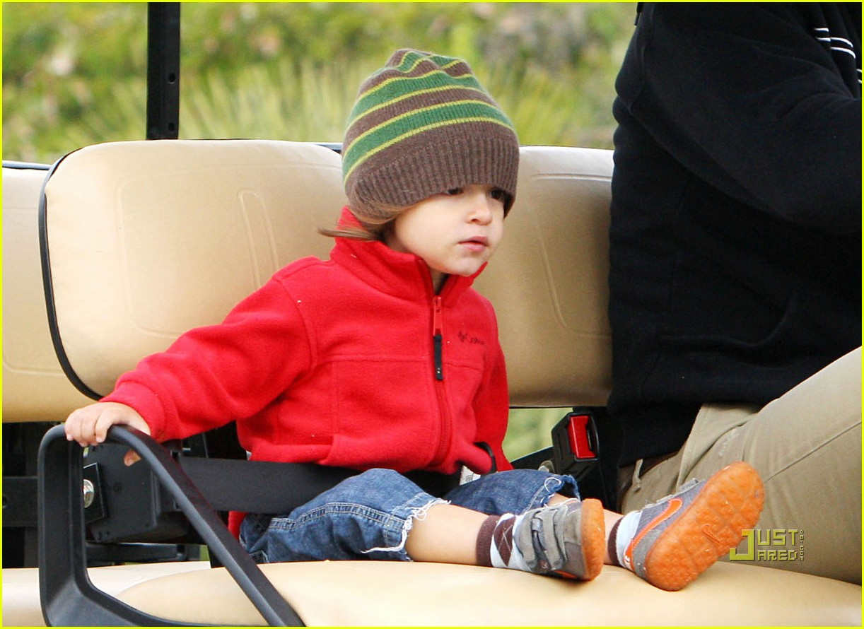 levi matthew mcconaughey golf cart 01