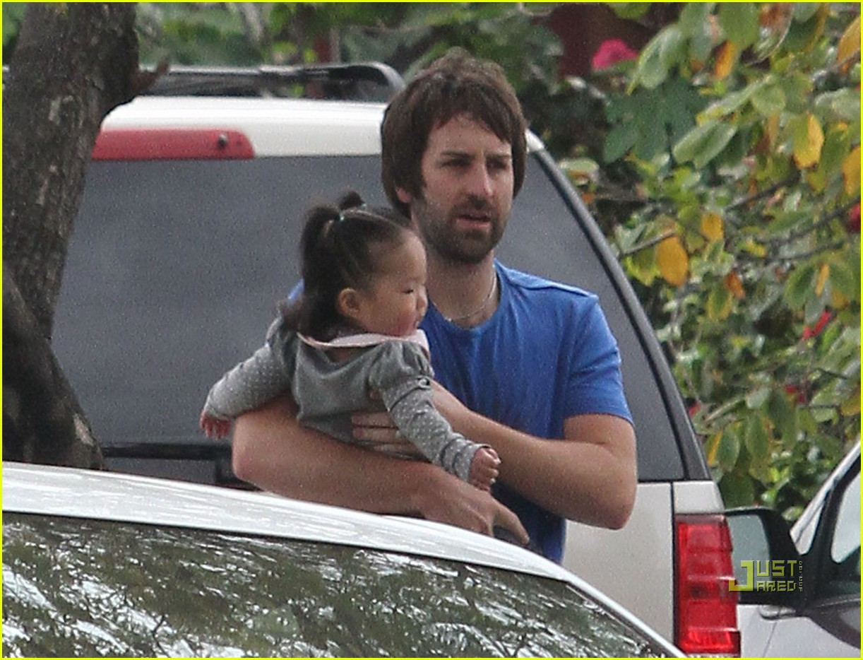 josh kelley naleigh pediatrician pigtails 03