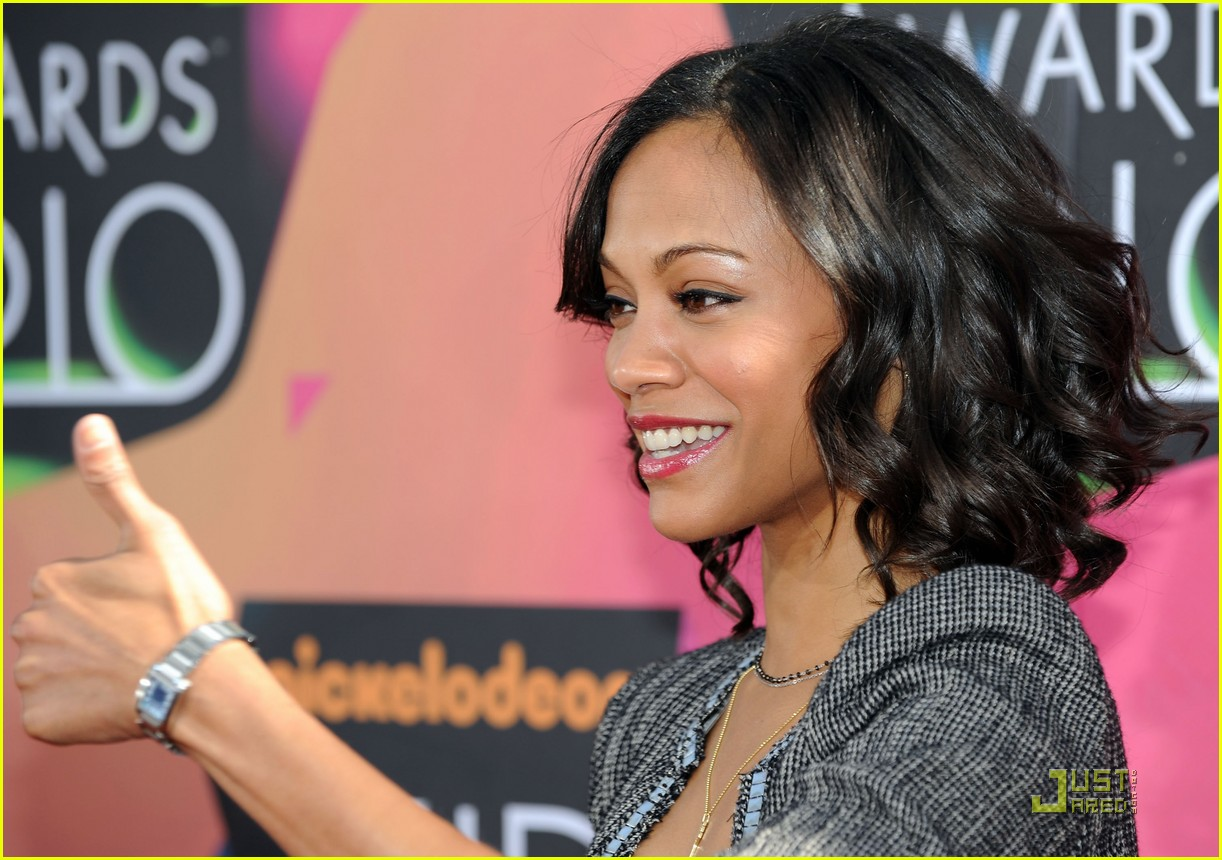 zoe saldana 2010 kids choice award 04
