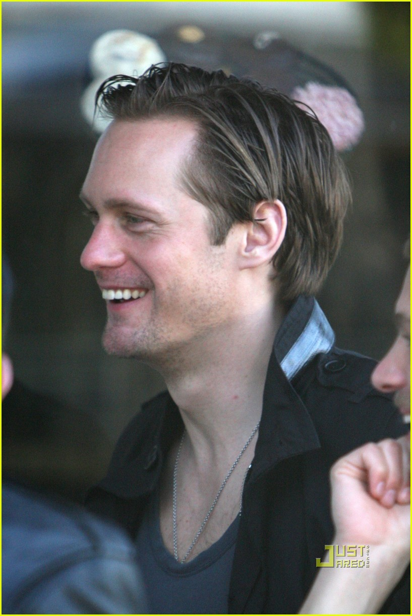 alexander skarsgard joans on third lunch 09